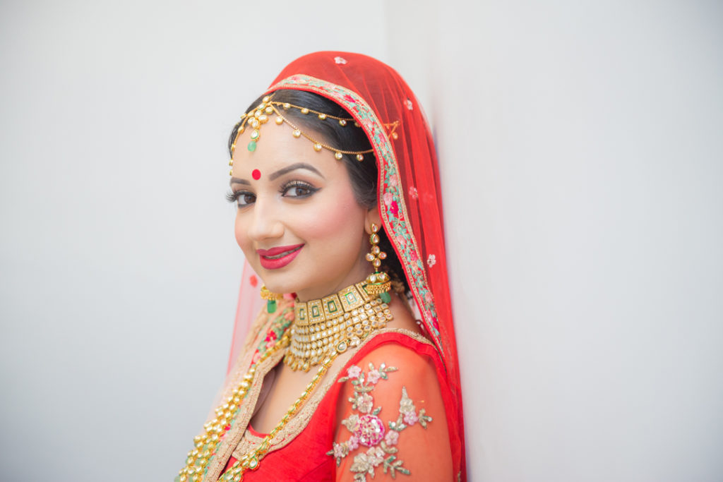 indian bride jewellery natural photo