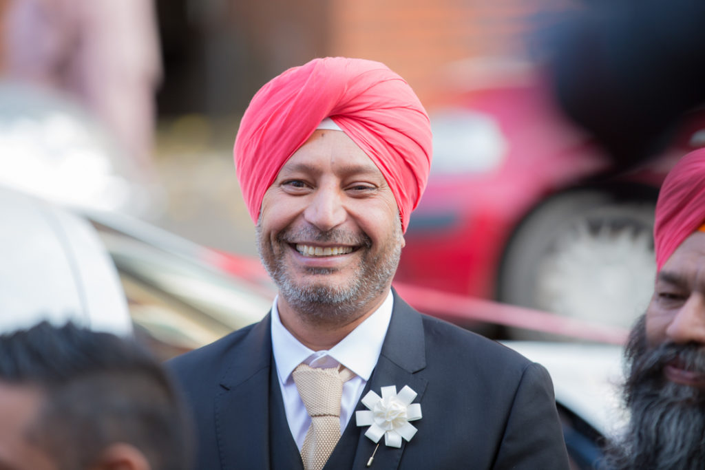 indian wedding groom arrival