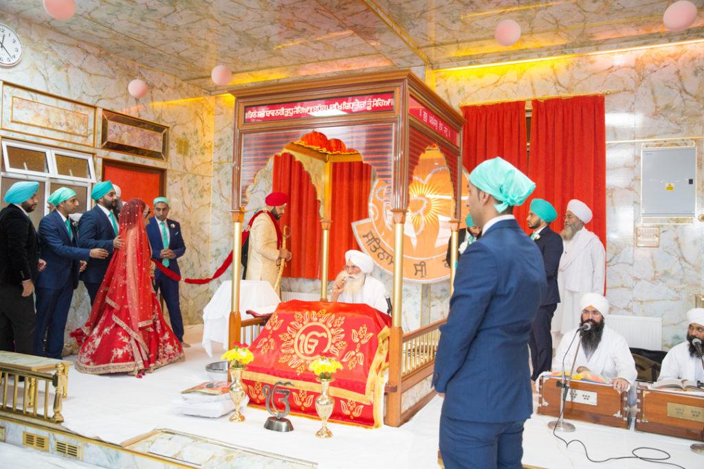 indian wedding temple bride
