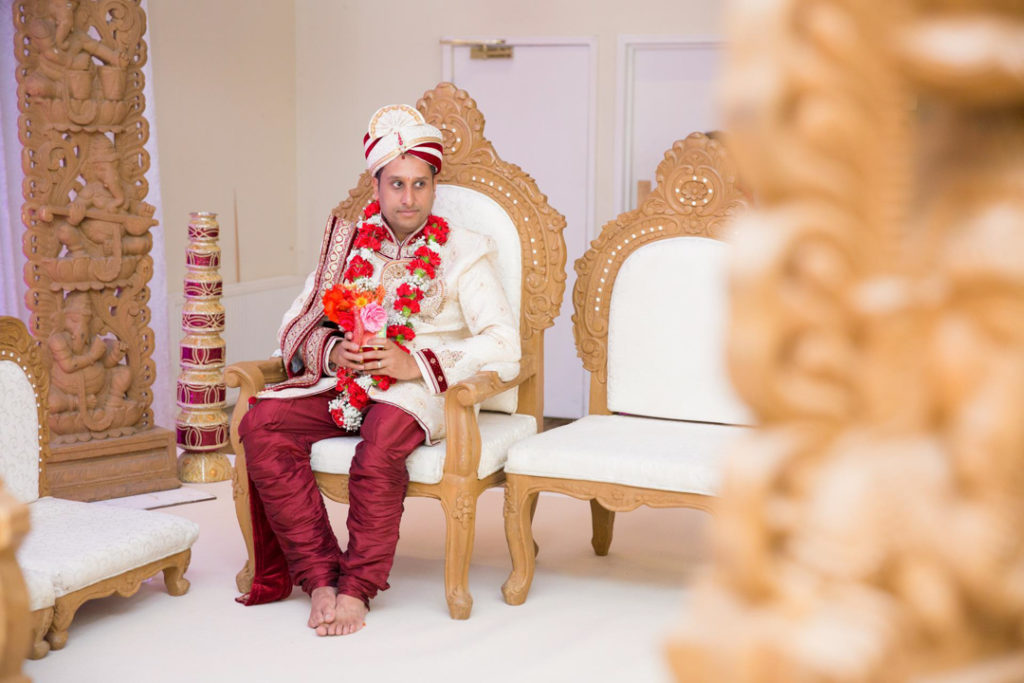 indian groom hindu wedding