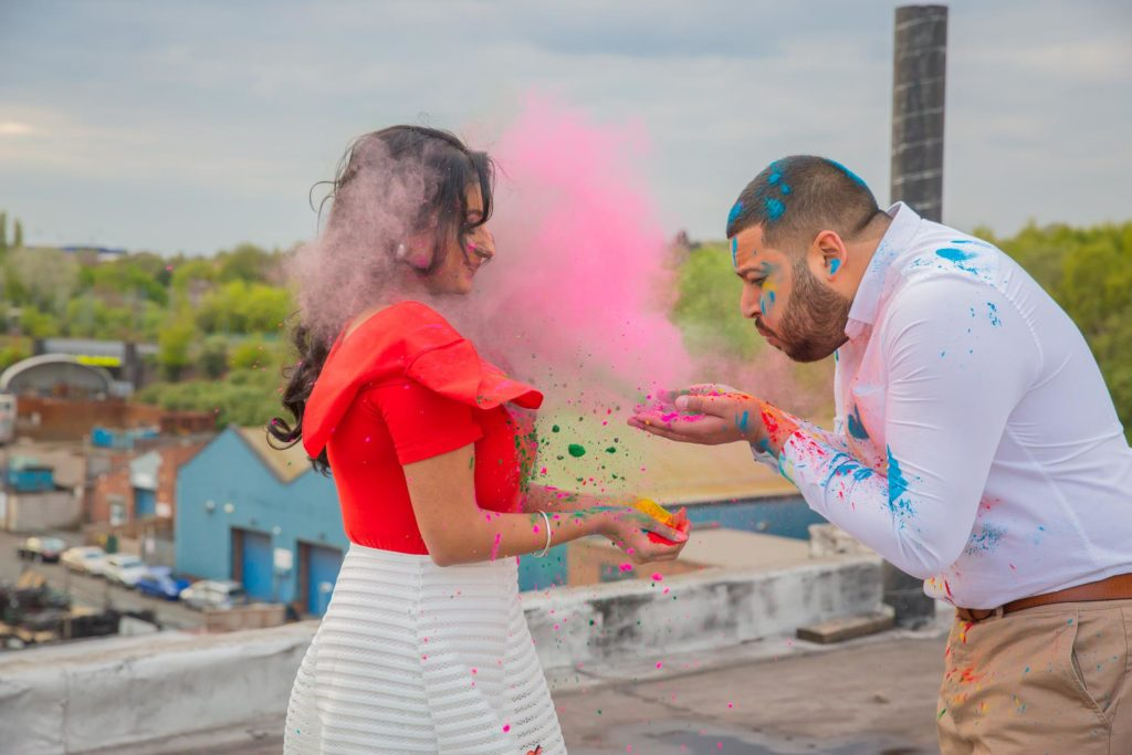 pre wedding photoshoot birmingham holi colours roof top